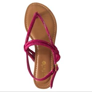 NWOB Pink Strappy Flip Flops